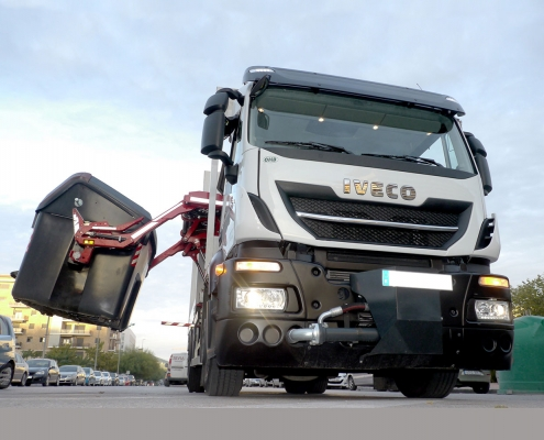 Baron camion raccolta rifiuti