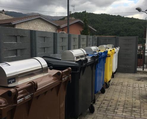 contenitori e cassonetti con controllo accessi